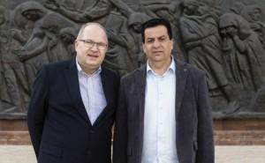 """לקיים את הצוואה. שמעון סבג (מימין) וד""""ר יורגן בולר"""