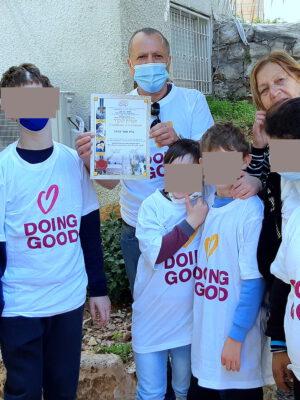 """מאירים את הטוב: מאות מתנדבים פשטו על עמותת """"יד עזר לחבר"""" ב""""יום המעשים הטובים"""""""