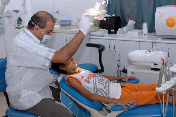 60 רופאי שיניים בהתנדבות